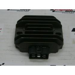 REGOLATORE DI TENSIONE PIAGGIO BEVERLY 200-LIBERTY 200-VESPA GT200